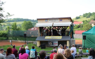 Fotografie projektu Bluegrass Theatre má nové ozvučení – Ptačoroko z.s.
